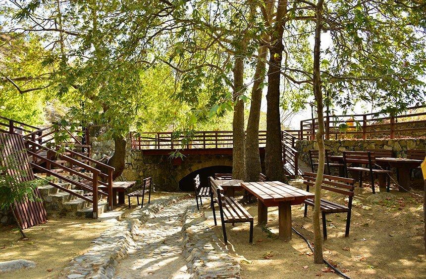 Εκδρομικός χώρος «Πάρκο κολοκασιού» (Πελένδρι)