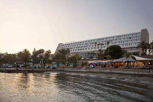 Athina Lounge - Amathus Beach Hotel