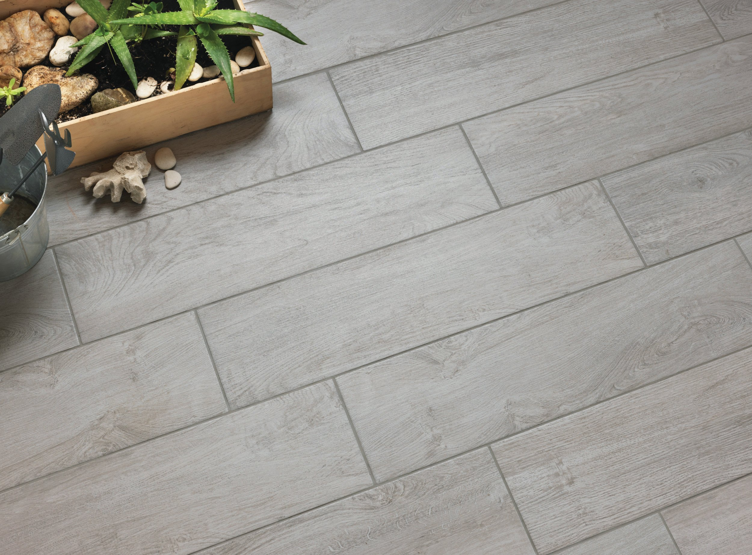 Val Gardena Grey 20x80 porcelain floor tile.
