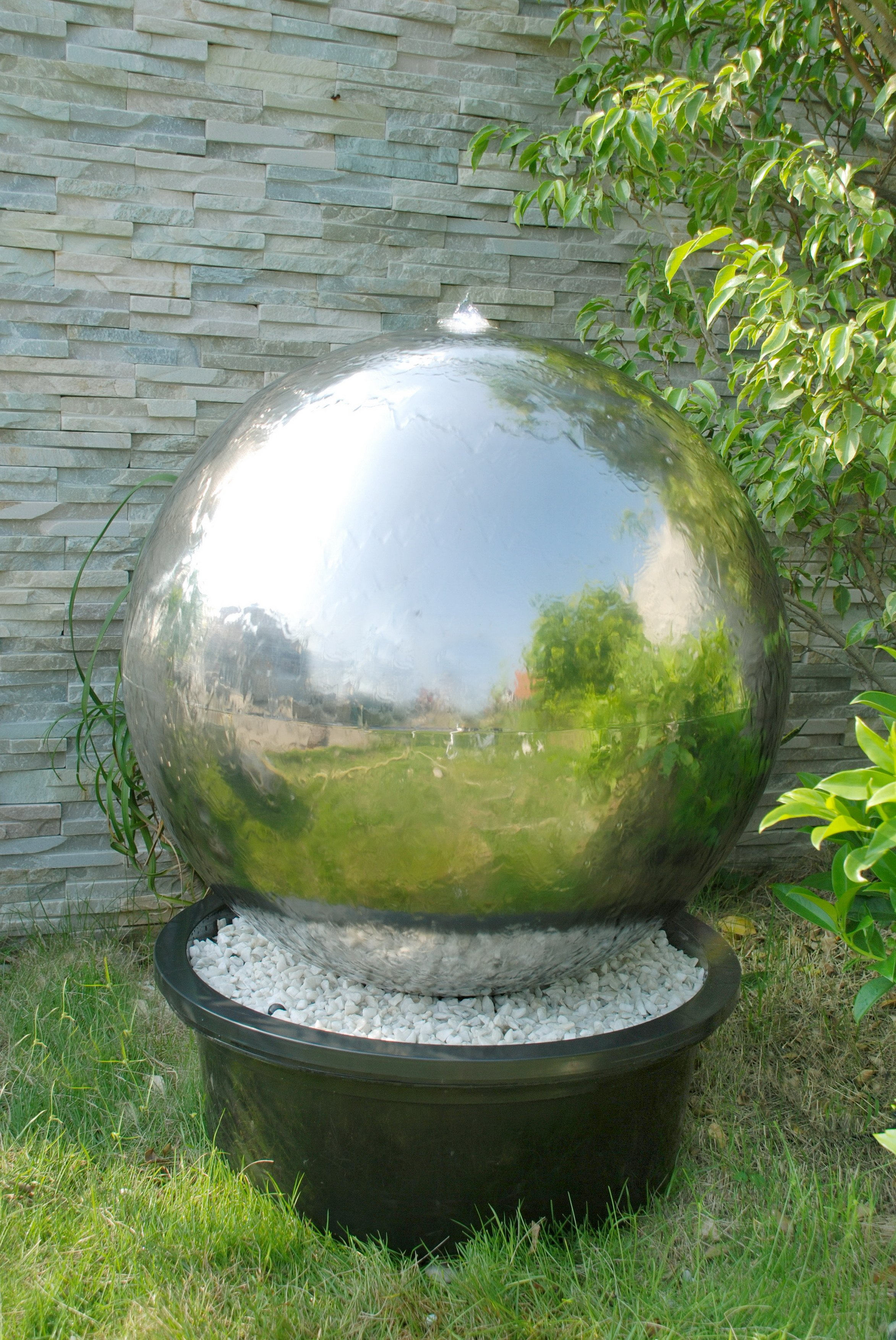 Fountain Stainless Steel Big Ball