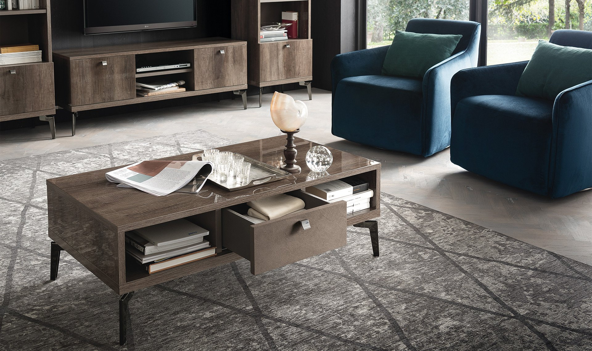 Contemporary coffe table!