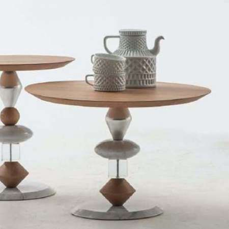The Pandora Coffee Table is the perfect complementary piece to have in your modern dining room.