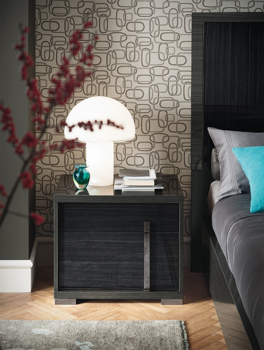 Bedroom in grey eco veneer!