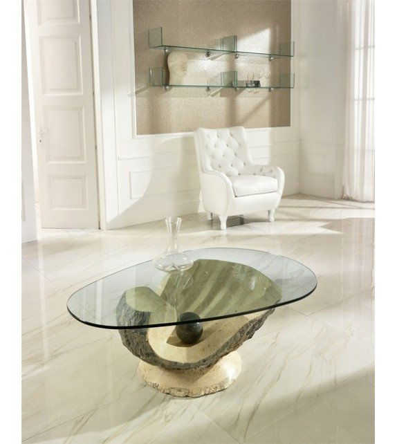 New Coffee table in store! Soon...
