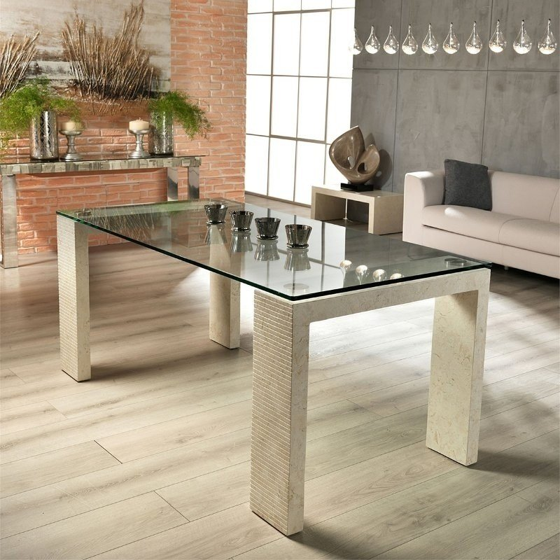 A very special glass table with squared lines! Furnish your living room tastefully