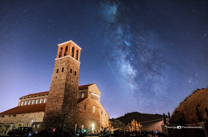 The spectacular phenomenon of shooting stars in Limassol's summer!