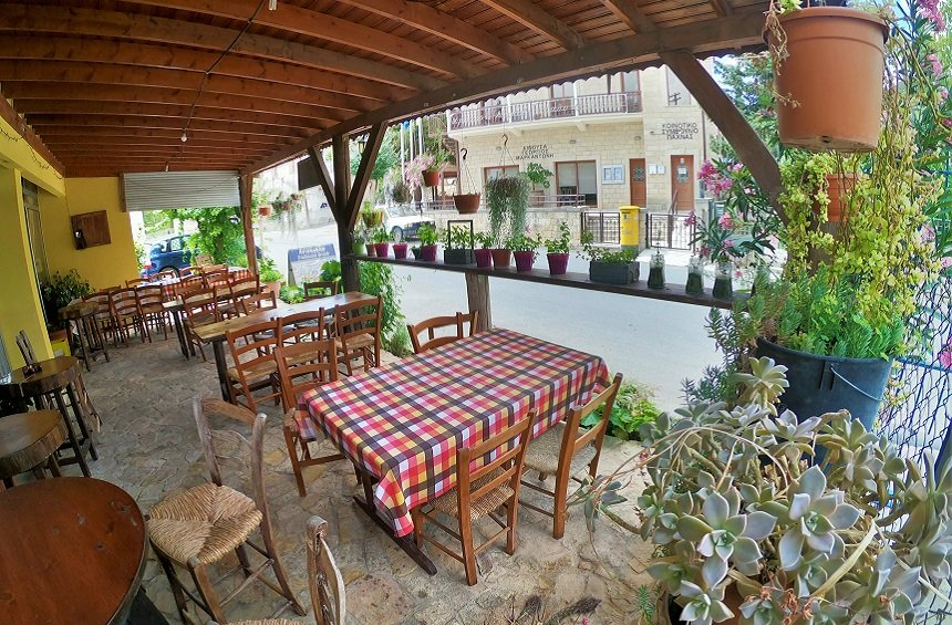 Aristoklis Brunch: A cozy, relaxing spot to enjoy homemade brunch in the Limassol countryside!