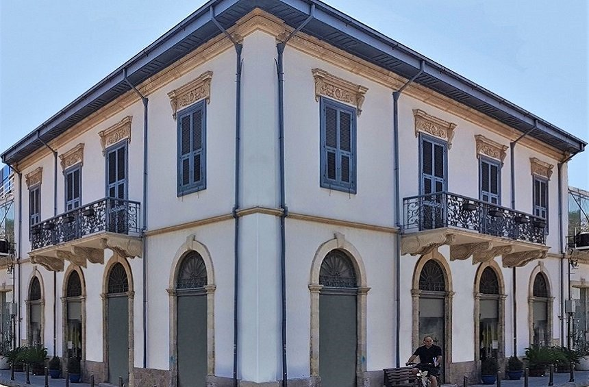 La Maltese Boutique Mansion: A neoclassical Limassol building is transformed into a unique boutique hotel!