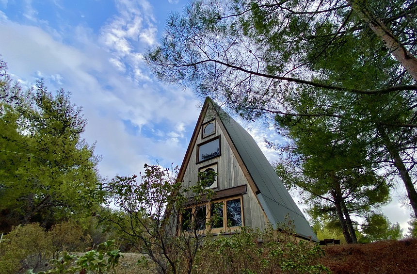The triangular little house hidden in the forest of the Limassol mountains!
