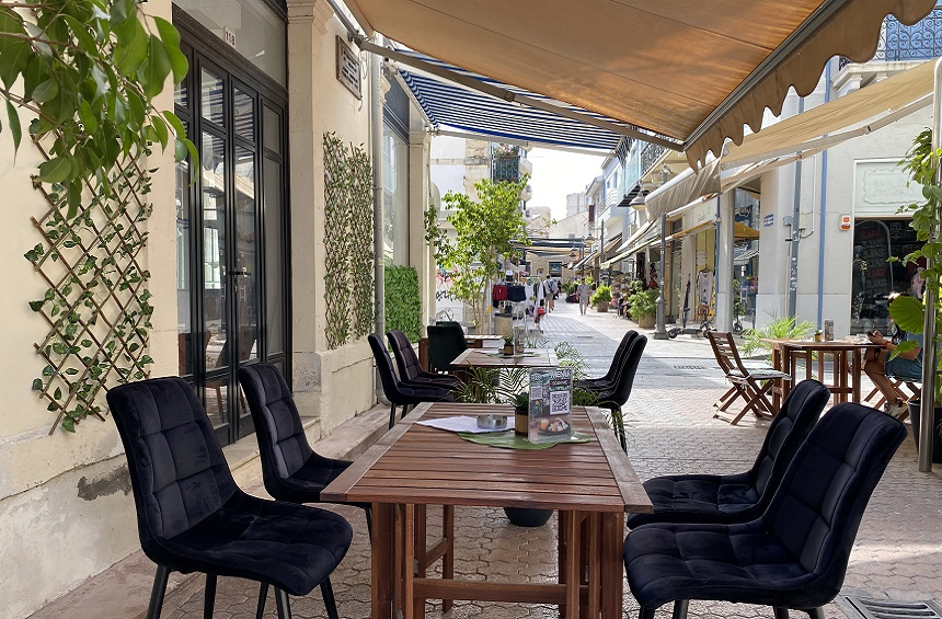 OPENING: A new hangout for dining and drinks, on a quiet pedestrian street in Limassol!