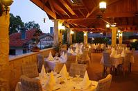 Skylight: An elegant restaurant in Limassol, with amazing mountain view!
