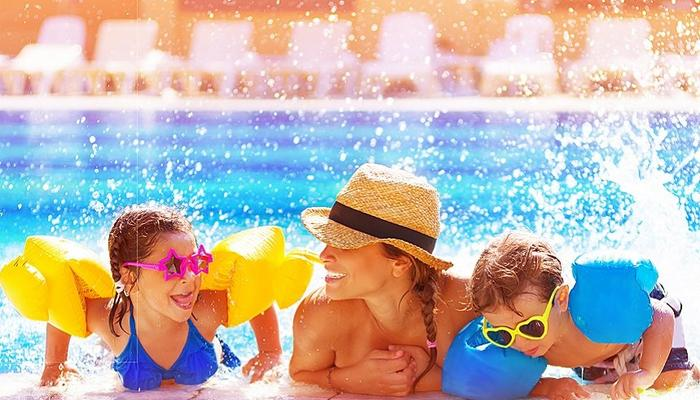 Mother's Day with free entrance at Fasouri Waterpark!