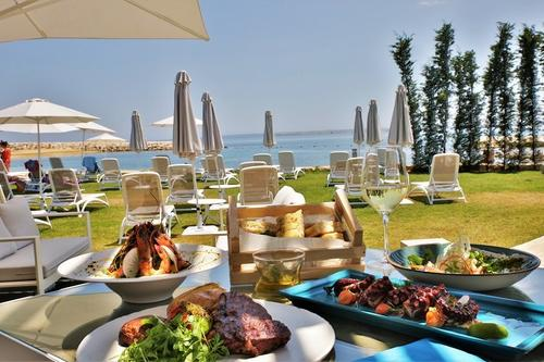 Marina Beach Bar: A delicious spot at Limassol's most central coast!
