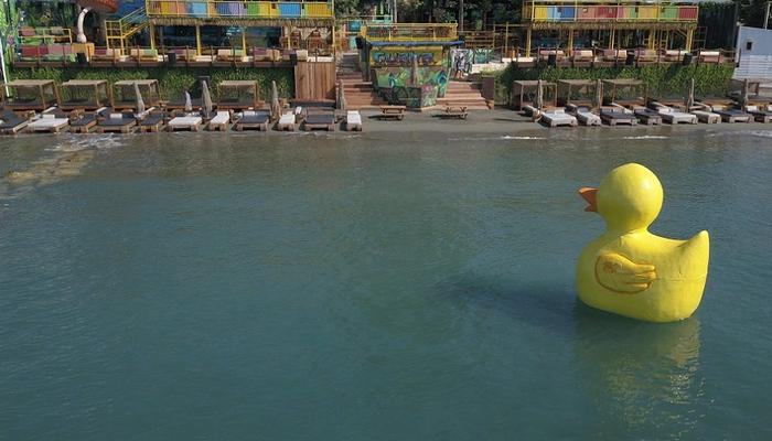PHOTOS: A huge yellow duck has landed at Limassol's coastline!