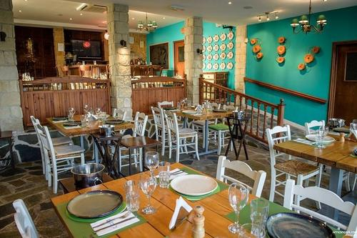 Salomi's Tavern in Limassol brings modern elements together with traditional values!