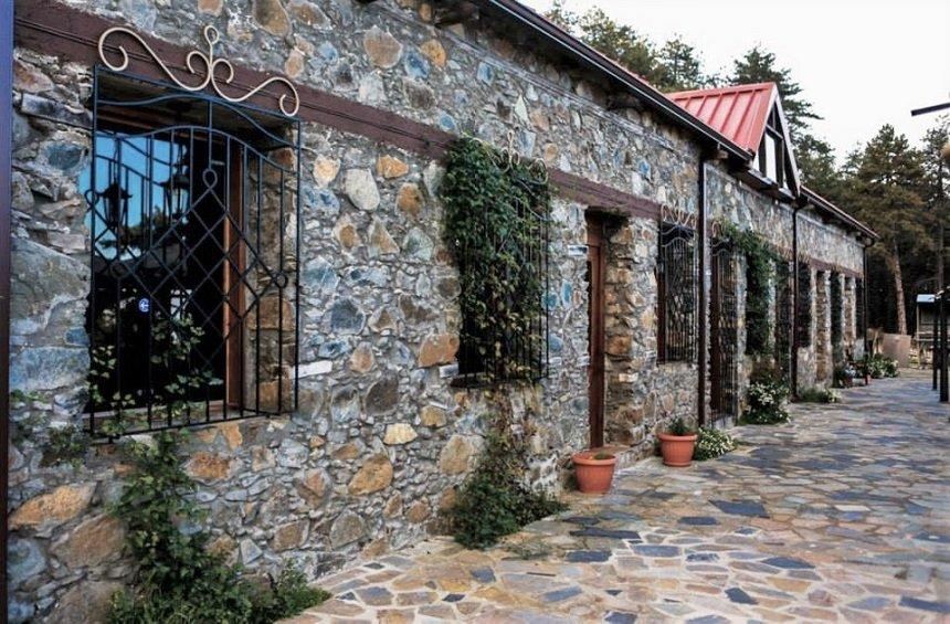 Berengaria Restaurant: A piece of the legendary hotel that survives in Prodromos village!