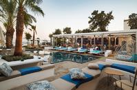 OPENING: The new beach bar in Limassol officially opens its doors for its guests!