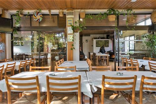 Polydentri Tavern: A warm space that represents the true traditions of a Limassol forest village!