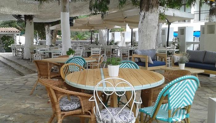A beautiful venue at the Limassol seaside to escape the heat wave!