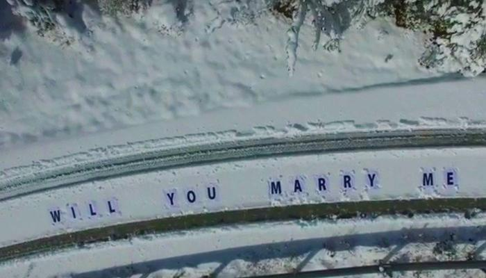 VIDEO: He climbed up on the snowy Troodos to propose to his chosen one