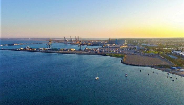 Official beginning for operations by 3 private companies in Limassol port