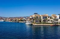 PHOTOS + VIDEO: The villas in Limassol that look like islands, are unique in the Mediterranean!