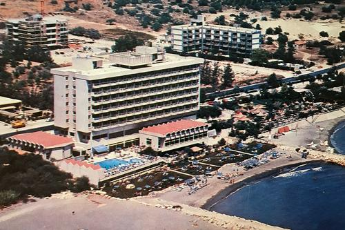 The story of the Lebanese native who fell in love with Limassol and built one of the city's first hotels!
