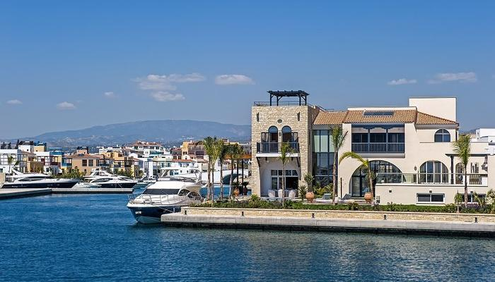 VIDEO: The Limassol Marina since the design in 2010 to its realization in 2017