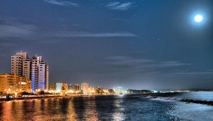 3 magical dates in Limassol with the first summer full moon!