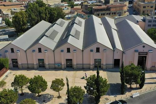 ΤΡΑΚΑΣΟΛ: The former warehouses that became a seaside events venue!