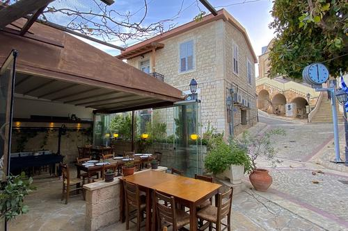 O Vrakas Tavern: A tavern that made its mark on the picturesque Pissouri Square!