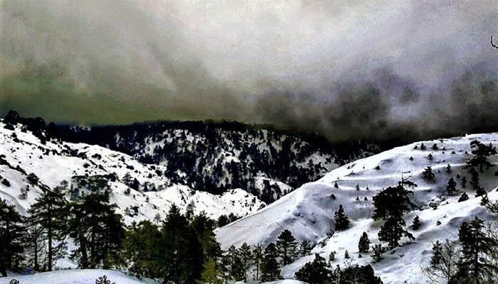 Dark clouds obscure the snowy slopes on Troodos!