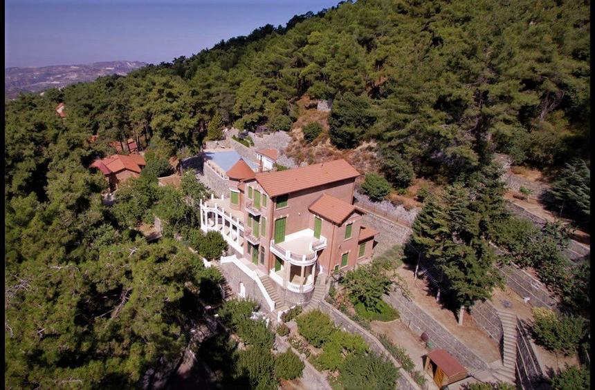 The majestic vacation house in Platres, a remain of the aristocratic era of the resort!