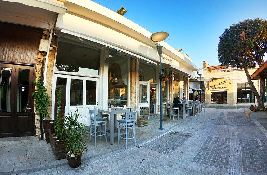Fries with Benefits: A homemade burger spot in the center of Limassol has grown and offers new surprises!