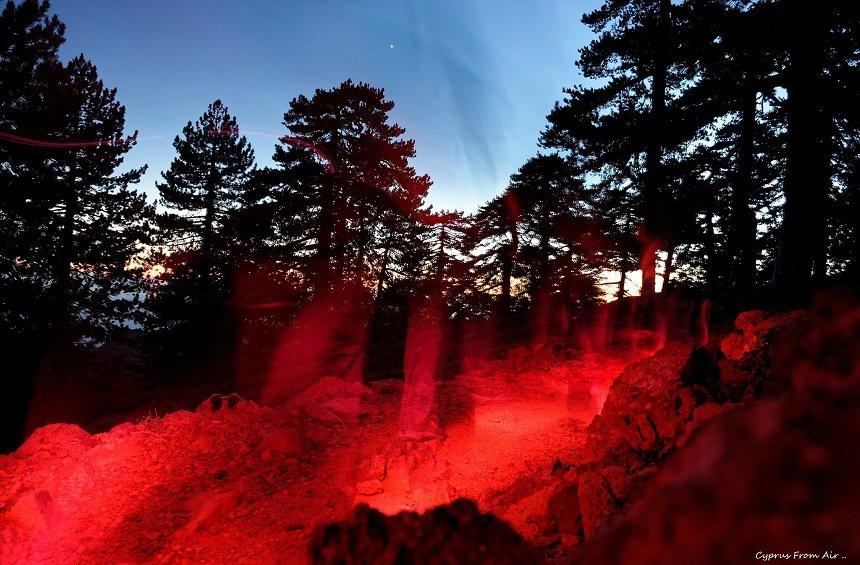 PHOTOS + VIDEO: A  'flaming river' created by hundreds of people on the highest peak of Troodos!