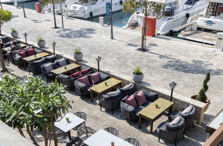 Café Calma: A relaxing atmosphere worthy of its name next to the Limassol sea!