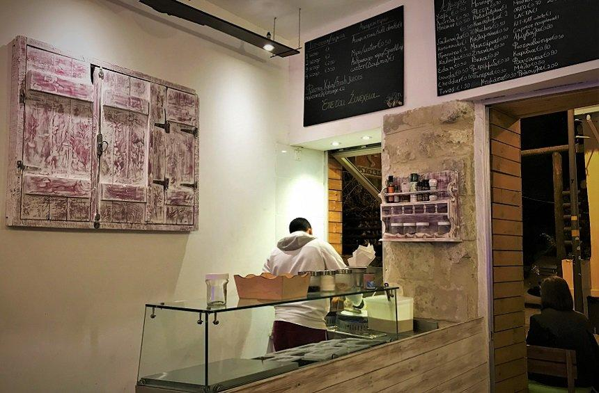 Angiras Crepes: A shop with healthy crepes, even better than regular ones!