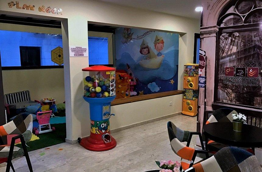 OPENING: A new, beautiful spot in Limassol, with its own playroom for kids!
