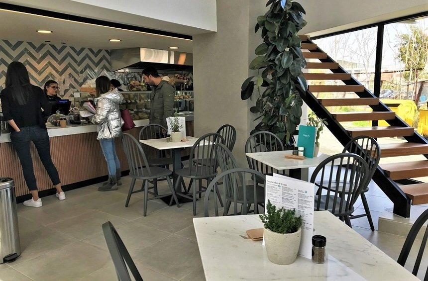 OPENING: 2 young Limassol women have created a bright, modern space offering delicious flavors!