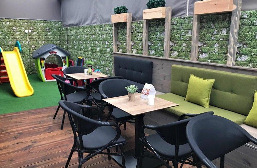 OPENING: A new hangout with beloved flavors and a large, outdoor space for children to play!