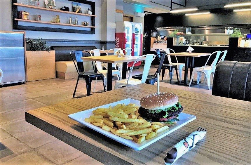 OPENING: A place that brought burgers, gyros and sushi together in Limassol!