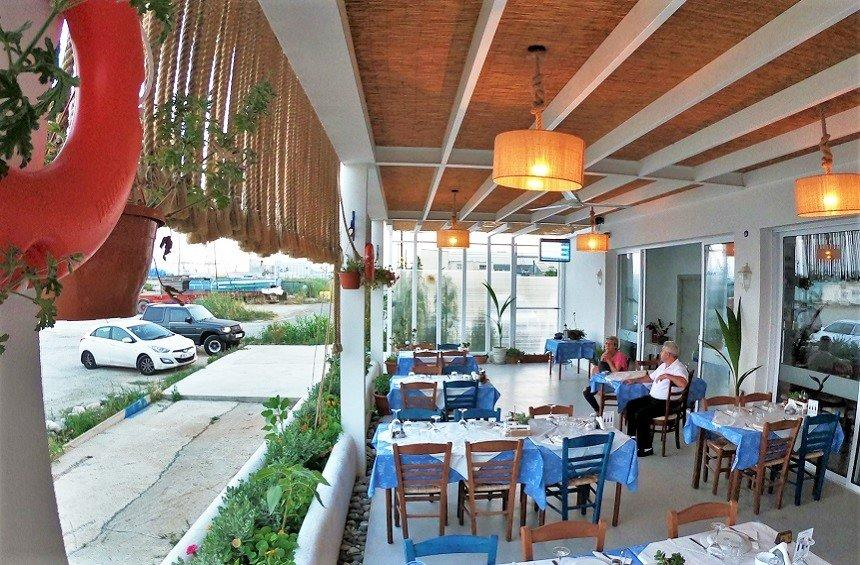 'Glaros' fish tavern: A historic fish tavern in Limassol returns to the sea after many years!