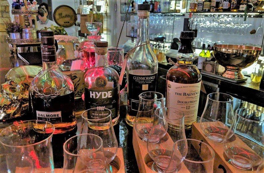 A well-known bar in Limassol introduces your very own drinks buffet!