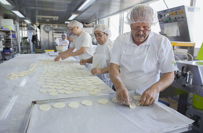 The secret of the handmade cheese pie, beloved by generations of Limassolians!