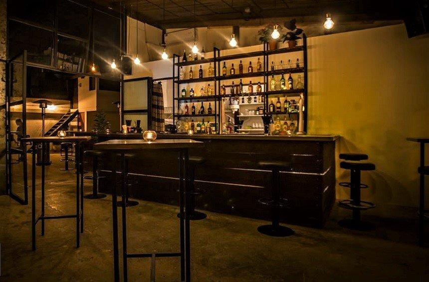 Mason Bar: A former wood workshop, added a special touch in Limassol's life!