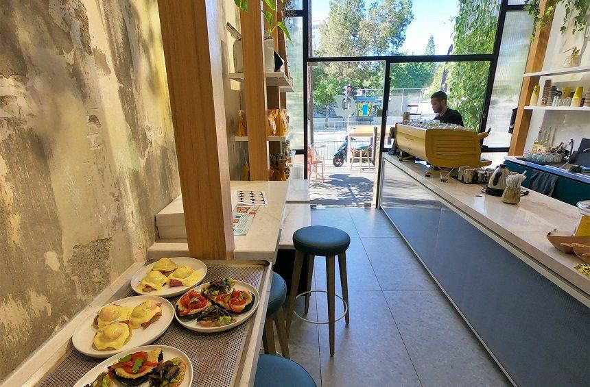 OPENING: A tasteful hangout in Limassol which combines rustic bread, gourmet sweets and excellent coffee!