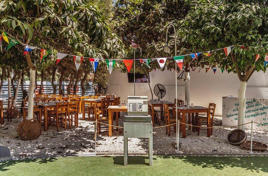 'Pervoli' Tavern: A garden in the Limassol tourist area, filled with traditional flavors and aromas!