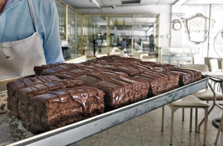 The secret of Limassol's legendary chocolate cake, loved by all of Cyprus (and beyond!)