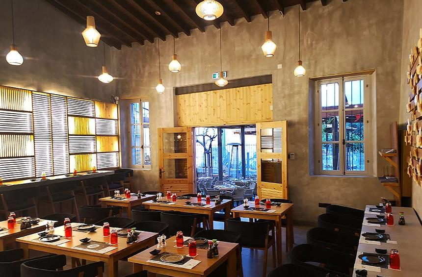 Yabashi: An Asian flourish in the historical center of Limassol, within a modern, zen space!